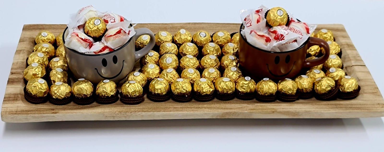 סט זוגי קפה מחייך&שוקולדים - LOKO HOME